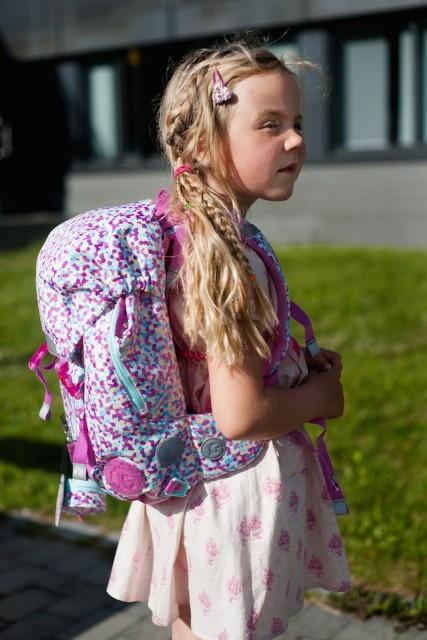 Ny rosa skolesekk