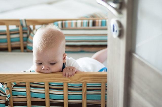Monter babykrybbe før fødsel