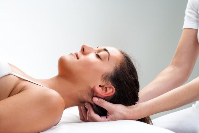 Lette øvelser kan lindre nakkesvimmelhet